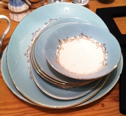 ...random plates to match the teacups above...
